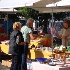 Curiosa Markt 14 Aug.